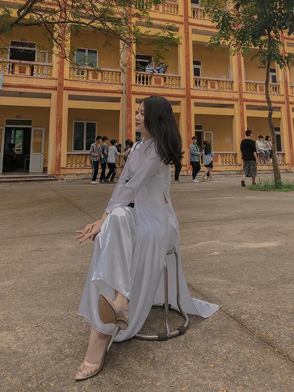 Lạc vào vũ trụ girl xinh các trường: toàn nhan sắc cực phẩm được dân tình đồng loạt thả tim, truy tìm info 11