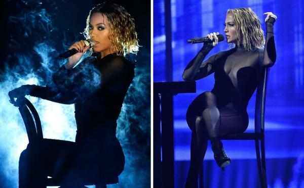 Jennifer Lopez đã có 1 màn trình diễn nóng bỏng trên sân khấu AMAs năm nay. Cô diện trang phục bó sát xuyên thấu để khiến không khí càng 'nóng' hơn, thế nhưng điều đó lại khiến Jennifer Lopez bị cư dân mạng nghi vấn 'đạo nhái' sân khấu của Beyonce tại Grammy năm 2014.