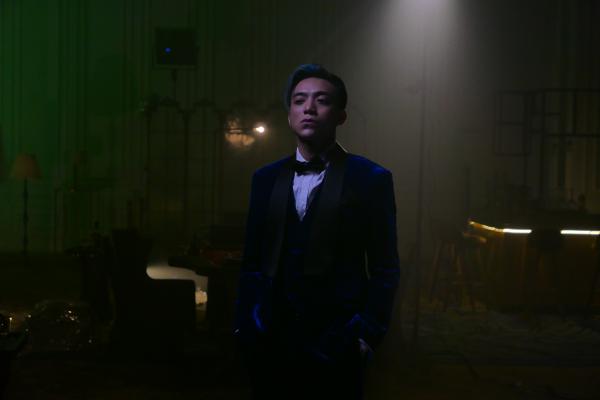 MV 'BlackJack' của Soobin kết hợp Binz cho thấy độ ăn chơi ngay từ teaser 1