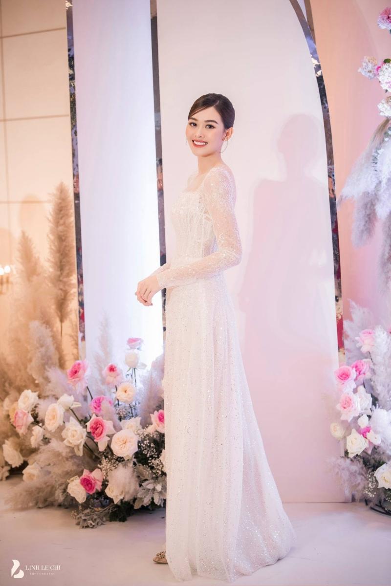 Nhan sắc của Á hậu Tường San ngày càng 'thăng hạng' sau hơn 1 năm đăng quang.