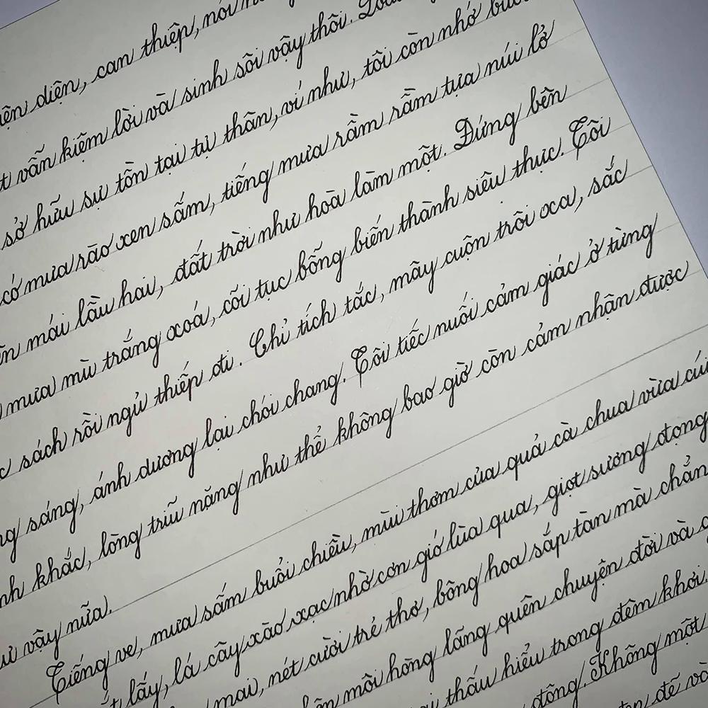 Nét chữ của Quỳnh Hoa nhận được nhiều lời khen của cư dân mạng