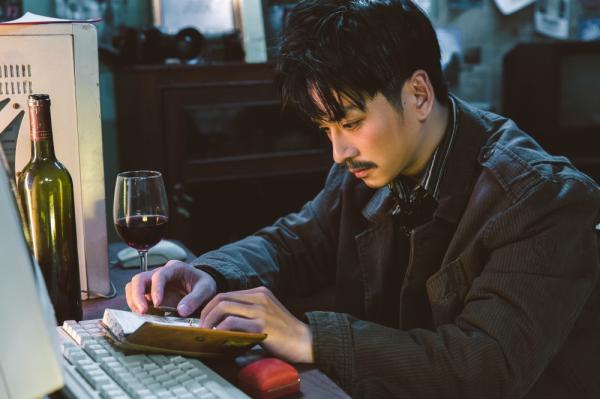 Trần Nghĩa tái hiện chàng Ngạn si tình, báo hiệu câu chuyện bi thương không kém của MV Lâu Phai 0