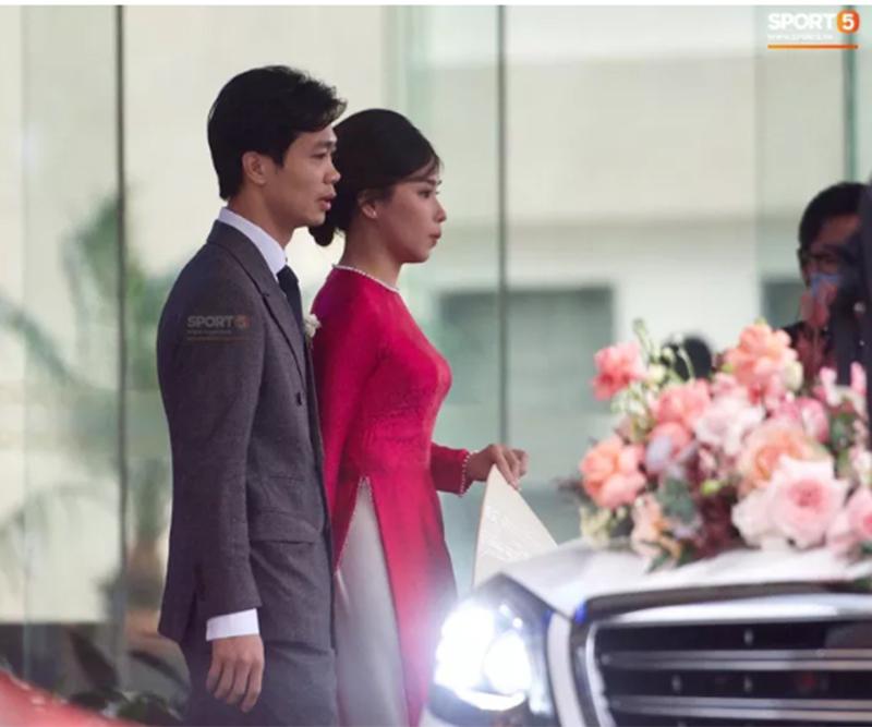 Công Phượng - Viên Minh trong lễ đón dâu sáng nay