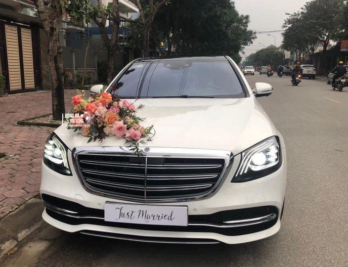 Xe đón dâu Mercedes Maybach của Công Phượng là mẫu siêu sang, hàng hiếm, giá chục tỷ đồng 2