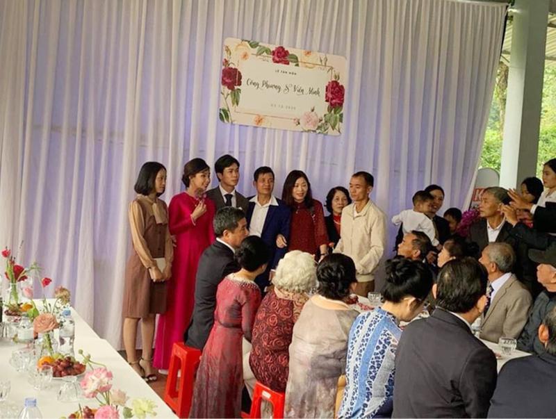 Chiêm ngưỡng nhan sắc của cô dâu Viên Minh sáng nay trong 2 thiết kế giản dị mà cực sang trọng 2
