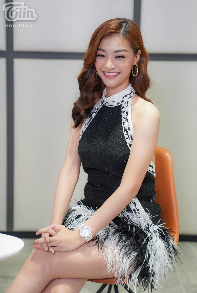 Kiều Loan đăng quang Á hậu 1 Miss World Vietnam 2019vào năm 2019 - lúc cô mới 19 tuổi, cùng năm, cô nàng hiên ngang bước vào Top 10 Miss Grand International dù gặp không ít đối thủ mạnh mẽ. Đến tuổi 20, Kiều Loan ghi được không ít dấu ấn trong âm nhạc: giải BaTrời sinh một cặp, Top 10 King Of Rap.