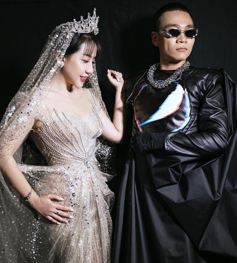 Phạm Đăng Anh Thư tiếp tục góp giọng trong ca khúcCứu công chúacủa Wowy, sau thành công vớiThiên Đàng.