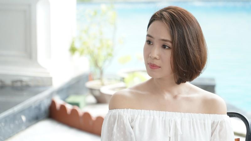 Trong Hướng dương ngược nắng,Hồng Diễm vào vai Minh Châu – một cô nàng luôn nghĩ mình là 'chiếu trên' đối với người yêu Kiên (Hồng Đăng).