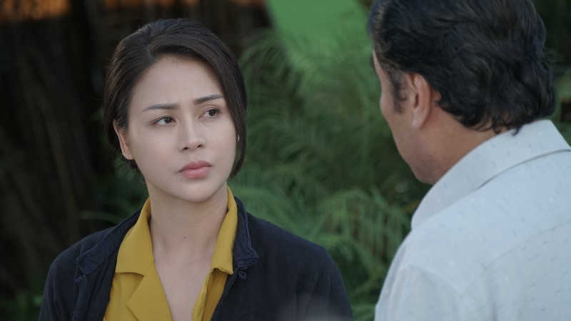 Lương Thu Trang được giao trọng trách đảm nhận vai chính của Hướng dương ngược nắng. Cô vào vai Minh, một 'nữ cường'điển hình ít thấy trên màn ảnh nhỏ Việt Nam.