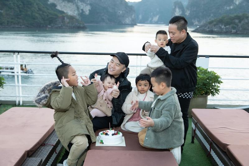 NTK Đỗ Mạnh Cường mừng sinh nhật con gái trên du thuyền ở vịnh Hạ Long 0