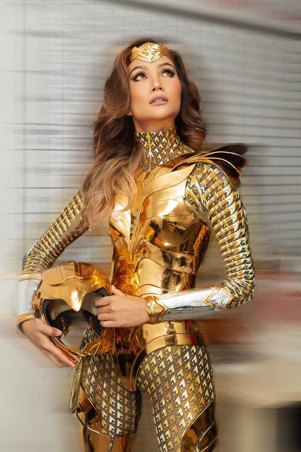 H'Hen Niê hoá thân thành Wonder Woman, tái xuất showbiz sau thời gian tập trungđóng phim điện ảnh 1