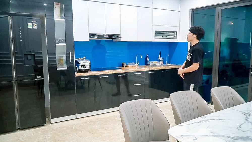 Phòng bếp.