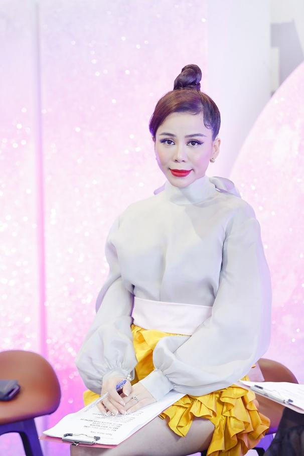 Giám khảo – Hoa hậu Oanh Lê