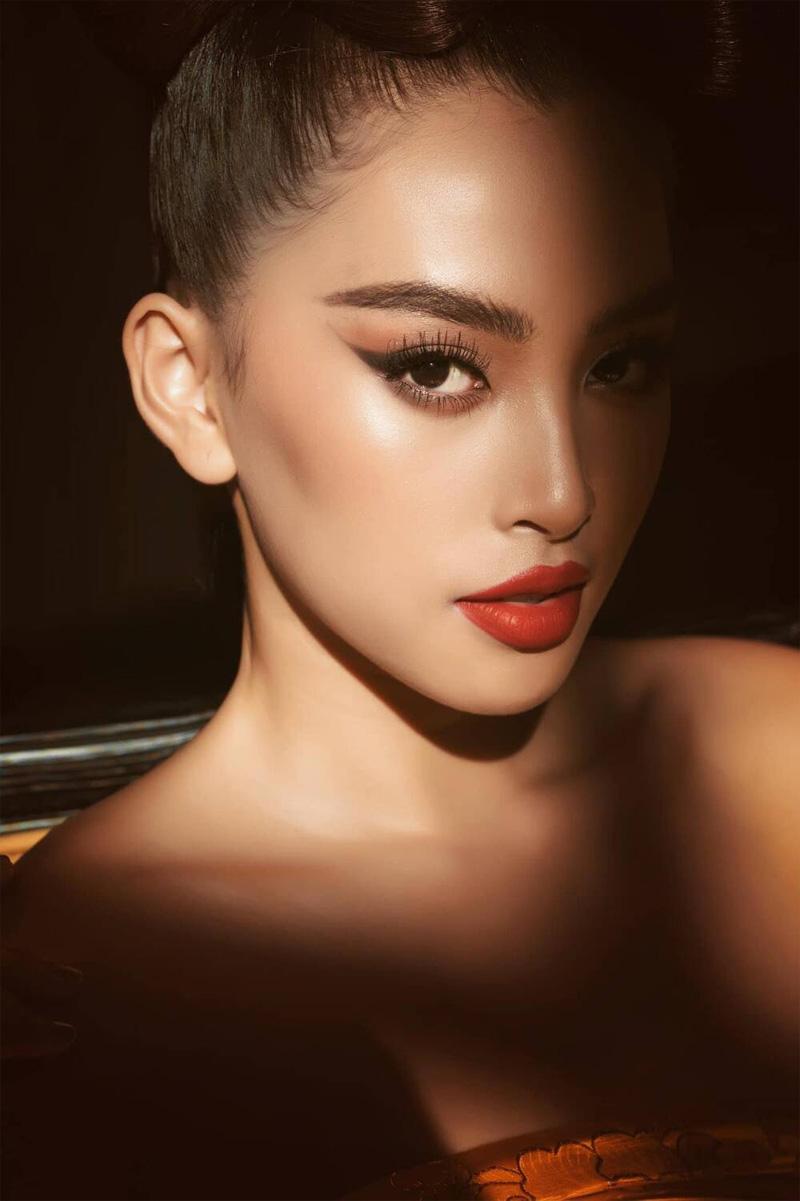 Sau Mai Phương Thúy, đến Hồ Ngọc Hà cũng phải công nhận: 'Trần Tiểu Vy là hoa hậu đẹp nhất' 17
