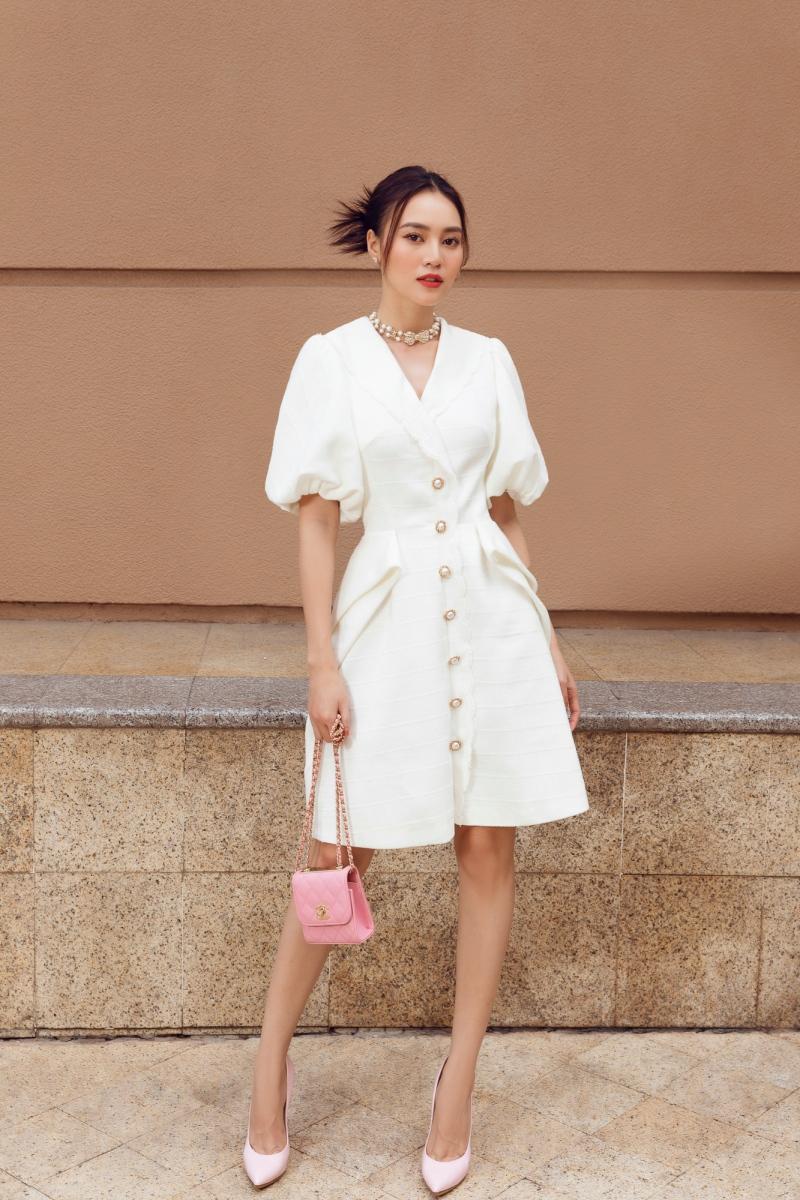 'Gái già' Lan Ngọc dịu dàng dạo phố trong loạt váy ready-to-wear của Lê Thanh Hòa 0