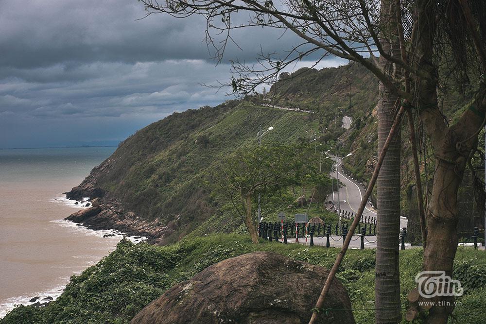 Một góc bán đảo Sơn Trà trong ngày nhiệt độ xuống mức thấp kỉ lục 5 năm.