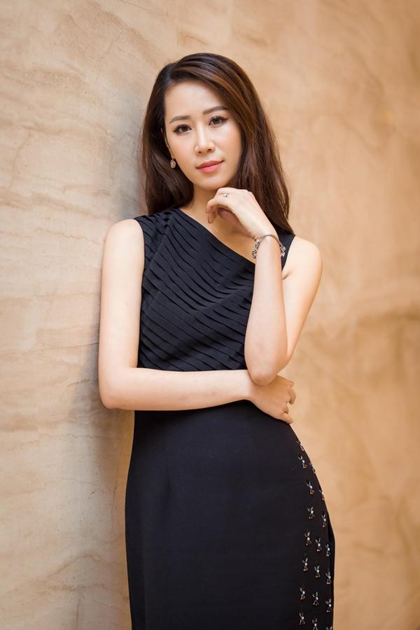Ngoài công việc MC, Dương Thùy Linh còn là một doanh nhân thành công. Thỉnh thoảng cô còn tham gia một số sự kiện với vai trò diễn giả.
