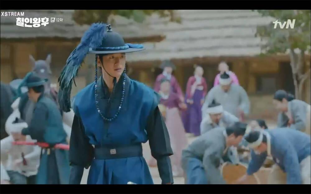 'Mr. Queen' tập 12: Shin Hye Sun đau khổ vì Kim Hyun Jung bị nổ chết do thuốc súng 11