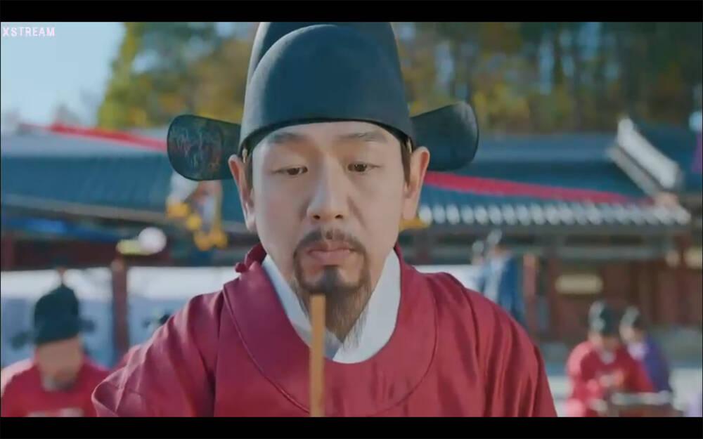 'Mr. Queen' tập 12: Shin Hye Sun đau khổ vì Kim Hyun Jung bị nổ chết do thuốc súng 22