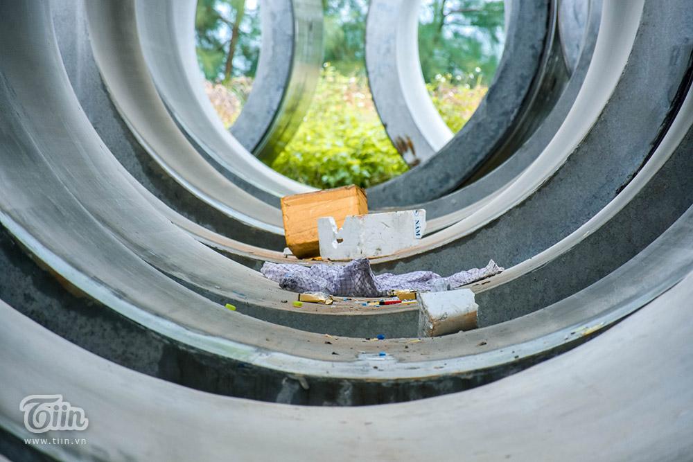 ... thành nơi tập kết rác