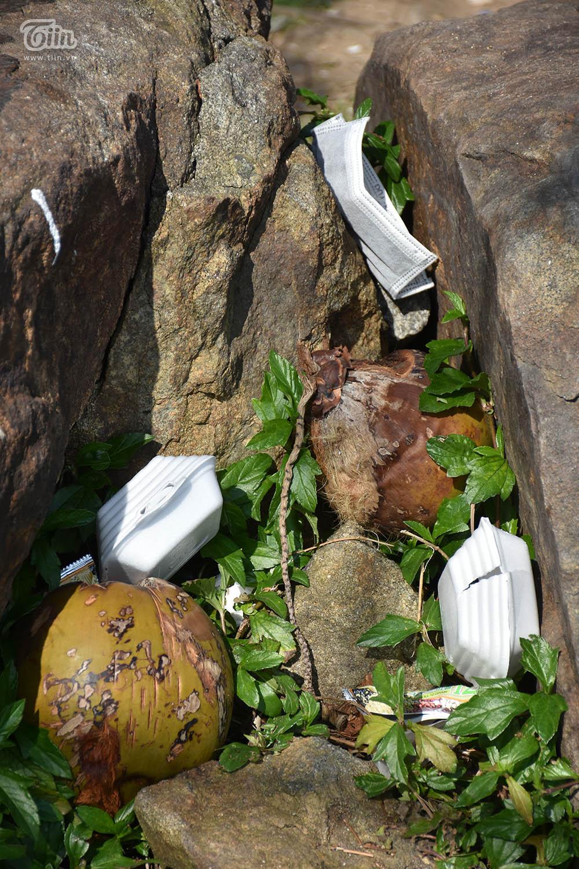 Những món rác này quá nặng nên không thể mang về vứt đúng chỗ?