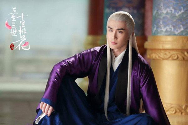 'Tam sinh tam thế Chẩm thượng thư': Điểm Douban lại giảm, Địch Lệ Nhiệt Ba bị chê già, không so nổi với Dương Mịch 2
