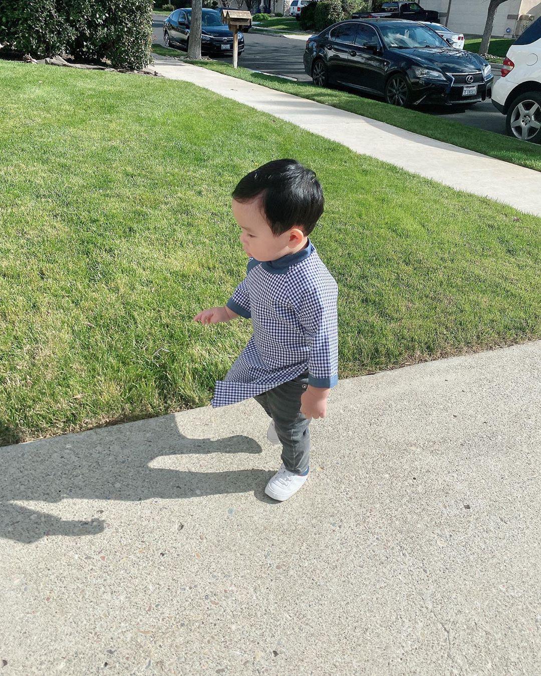 Phạm Hương lại khoe con trai mới hơn 1 tuổi nhưng đã biết làm điều khiến mẹ tự hào này 1