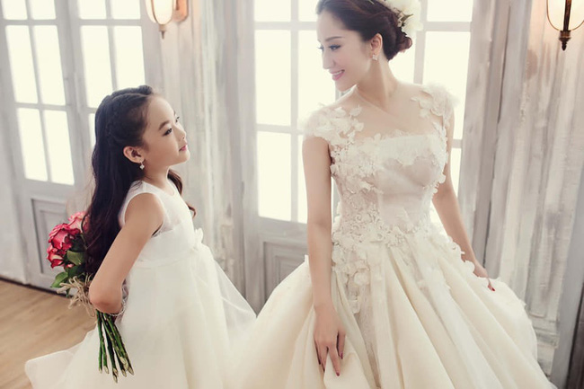 Bất ngờ với ảnh cưới lung linh của Khánh Thi nhưng thổ lộ của Phan Hiển mới là điều gây chú ý 5