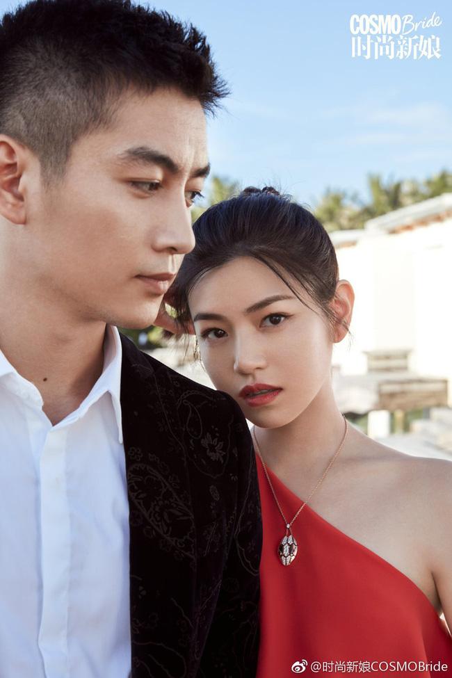 Hai vợ chồng nhà họ Trần khoe khéo tình cảm ngọt ngào bên nhau