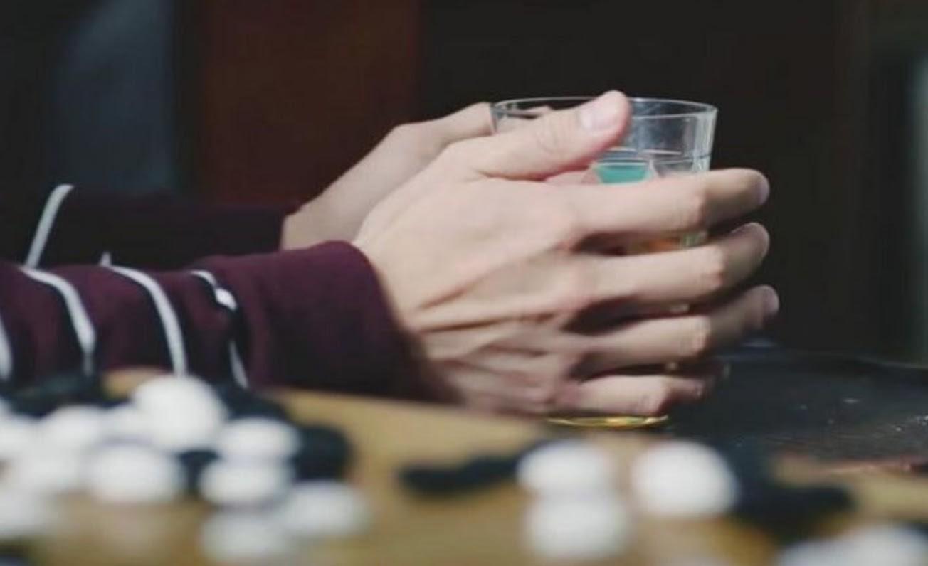 Sau ồn ào 'kẻ thứ 3' khiến Song Joong Ki - Song Hye Kyo ly hôn, Park Bo Gum lại gây bão với chủ đề: 'Mặt dễ thương, tay nam tính' 3