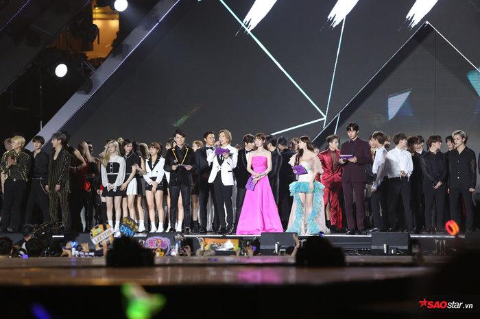 Asia Artist Awards 2019: Niềm tự hào hay thảm họa trao giải âm nhạc tại Việt Nam? 27