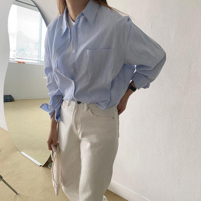Tội gì vắt óc nghĩ cách mix đồ khi bạn luôn có sẵn 4 công thức áo phông đơn giản nhưng đẹp bất bại, diện không bao giờ lỗi? 14