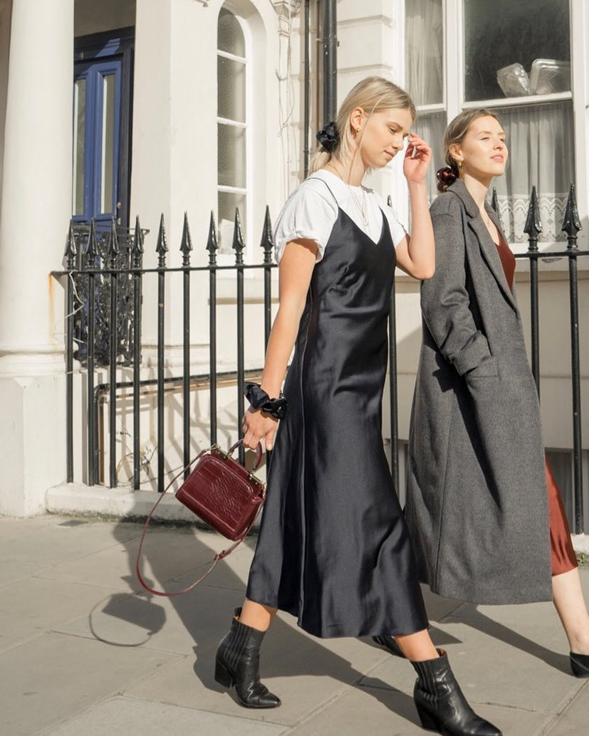 Phụ nữ Pháp cứ diện váy lụa đẹp mê thế này, chị em ngắm rồi sẽ muốn tậu ngay cho tủ Xuân - Hè 'cả lố' với muôn màu sắc 3