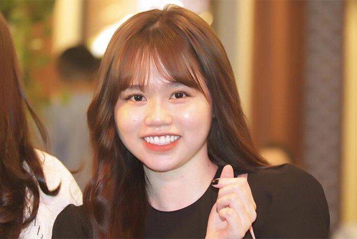 Hòa Minzy nói gì về nhan sắc ngoài đời của bạn gái Quang Hải giữa lúc dân mạng chê 'kém sắc'? 3