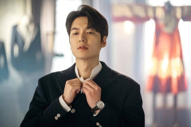 Trước khi trở thành mỹ nam hàng đầu Hàn Quốc thì Hyun Bin, Park Bo Gum hay Lee Min Ho đã từng 'trẻ trâu' thế này 3