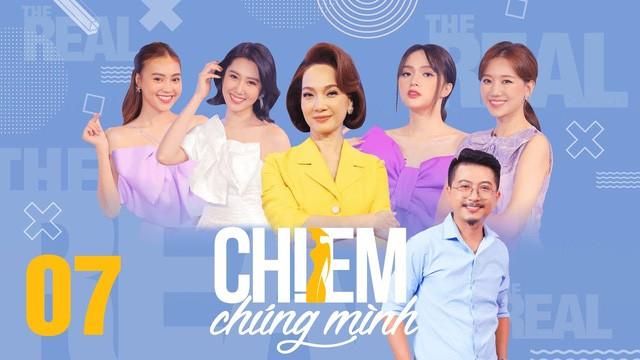 Chơi trội nhất hội 'Chị Em Chúng Mình' với bộ đầm tím nơ khổng lồ, Hương Giang lại chọn sai kiểu tóc nhìn già câng 0