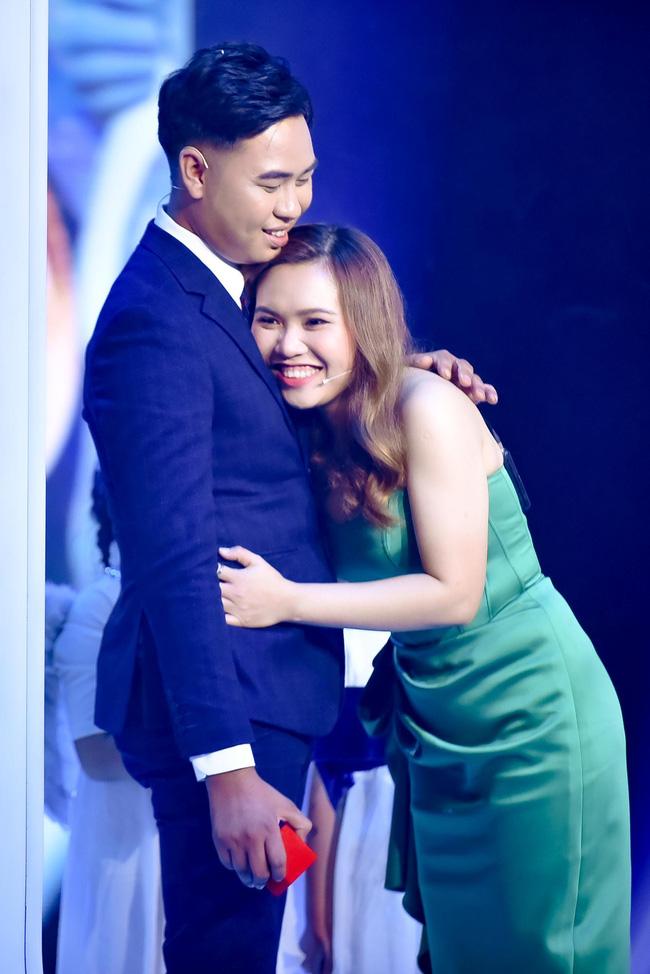 Mẹ đơn thân được chàng trai 24 tuổi cầu hôn ở show mai mối của Xuân Bắc - H'Hen Niê 7