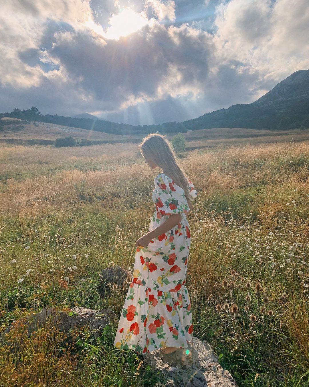 Trời se lạnh mà 'quẩy' váy dáng dài là style sẽ yêu kiều như gái Pháp, điểm sang chảnh cũng tăng ngùn ngụt 1