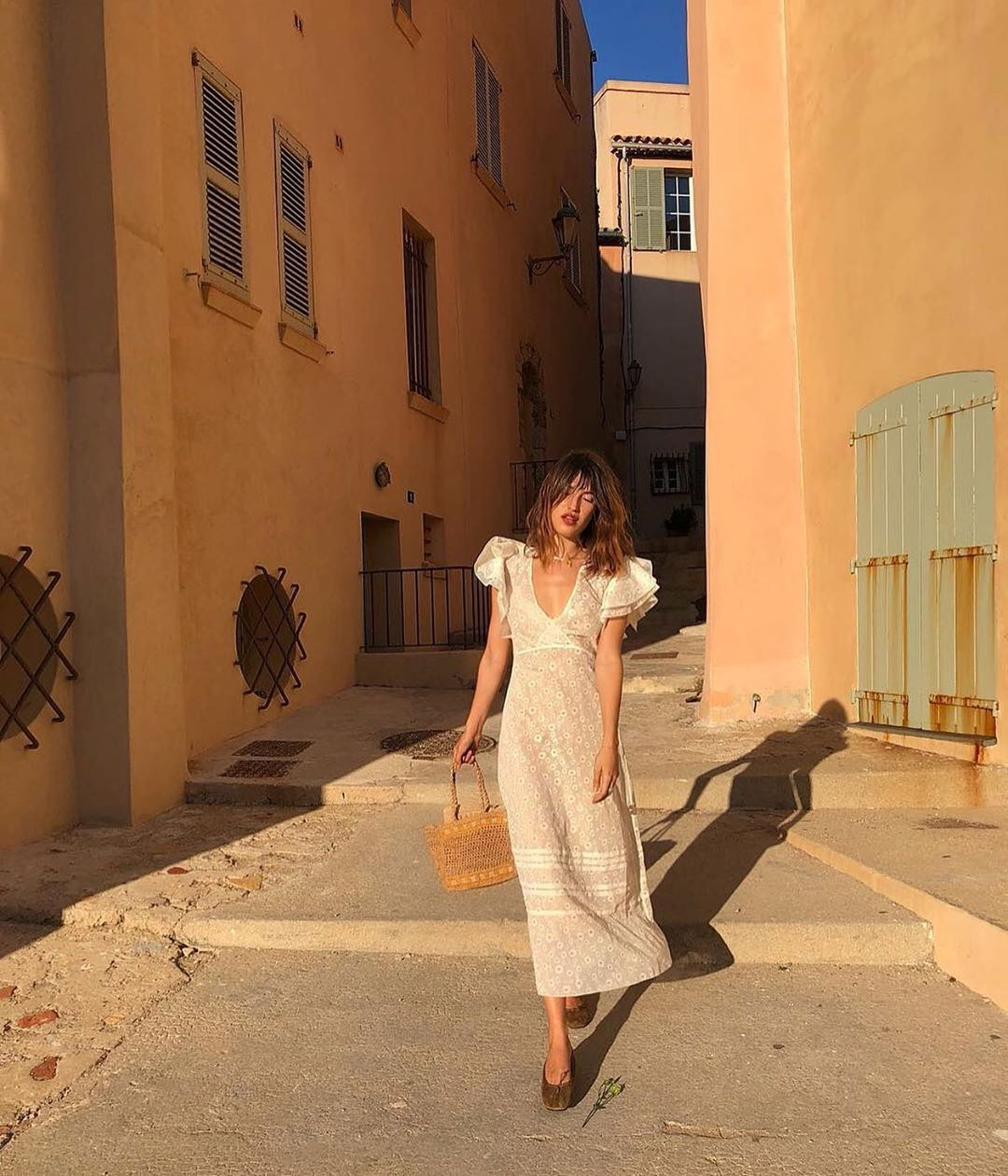 Trời se lạnh mà 'quẩy' váy dáng dài là style sẽ yêu kiều như gái Pháp, điểm sang chảnh cũng tăng ngùn ngụt 6