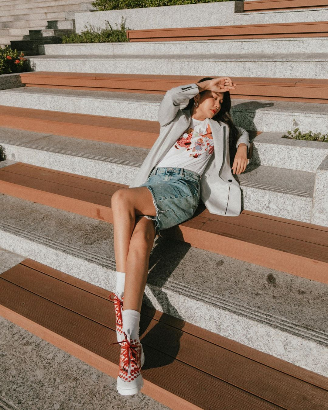 3 kiểu áo khoác khi trở lạnh được lòng hội chị em tuổi 30+ 'nhà Vbiz': Phạm Quỳnh Anh 'buông lơi' như idol Kpop, Hà Tăng lại hack tuổi đỉnh cao không thua gái 18 2