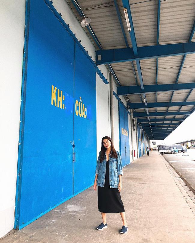 3 kiểu áo khoác khi trở lạnh được lòng hội chị em tuổi 30+ 'nhà Vbiz': Phạm Quỳnh Anh 'buông lơi' như idol Kpop, Hà Tăng lại hack tuổi đỉnh cao không thua gái 18 13