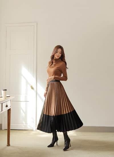 3 kiểu chân váy hot rần rần mùa Thu Đông 2020, nàng có vóc dáng khó mặc đến cũng không thể cưỡng lại được 1