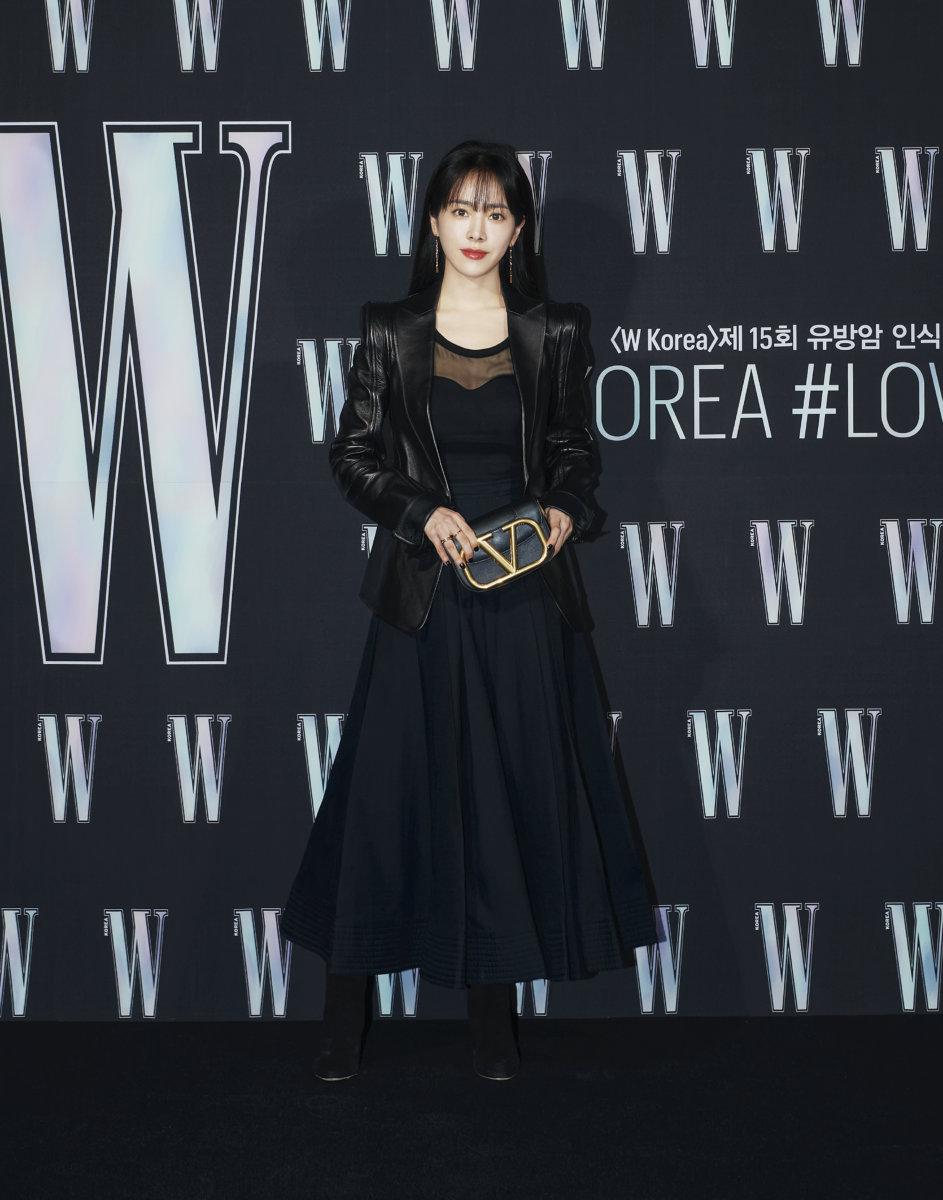 Sự kiện hot nhất Kbiz tuần qua tung ảnh 'xịn xò': 'Nữ hoàng dao kéo' Park Min Young gây thất vọng vì nhan sắc xuống cấp, kém 4 tuổi nhưng già nua hơn cả Han Ji Min 0