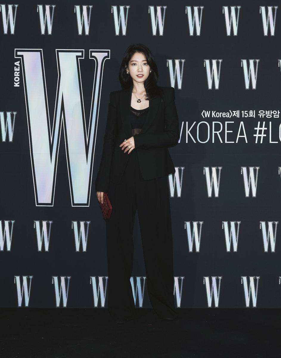 Sự kiện hot nhất Kbiz tuần qua tung ảnh 'xịn xò': 'Nữ hoàng dao kéo' Park Min Young gây thất vọng vì nhan sắc xuống cấp, kém 4 tuổi nhưng già nua hơn cả Han Ji Min 6