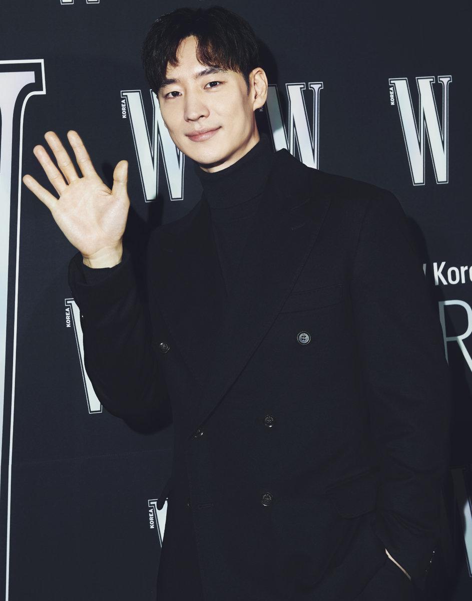Sự kiện hot nhất Kbiz tuần qua tung ảnh 'xịn xò': 'Nữ hoàng dao kéo' Park Min Young gây thất vọng vì nhan sắc xuống cấp, kém 4 tuổi nhưng già nua hơn cả Han Ji Min 18