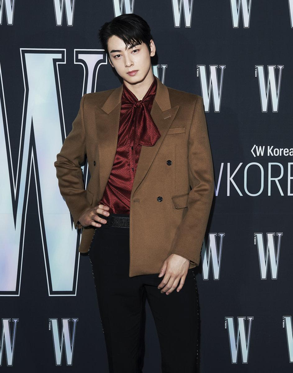Sự kiện hot nhất Kbiz tuần qua tung ảnh 'xịn xò': 'Nữ hoàng dao kéo' Park Min Young gây thất vọng vì nhan sắc xuống cấp, kém 4 tuổi nhưng già nua hơn cả Han Ji Min 28