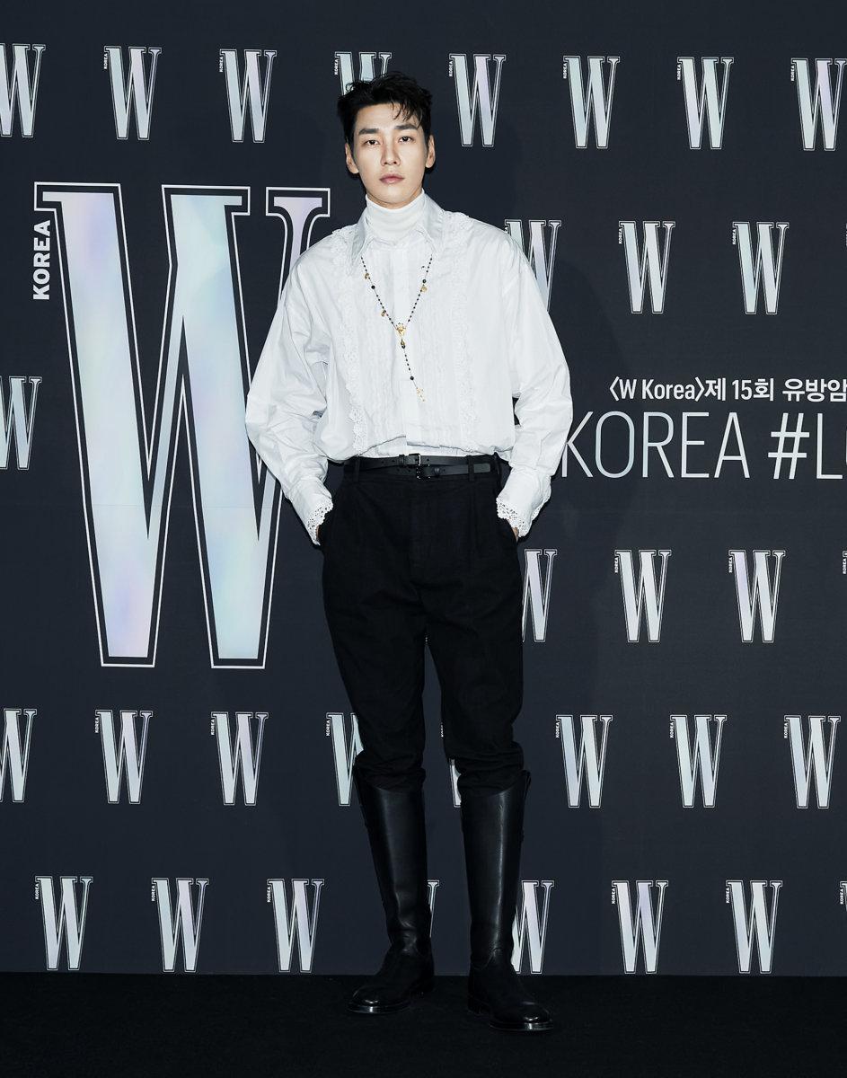 Nam diễn viên Kim Young Kwang