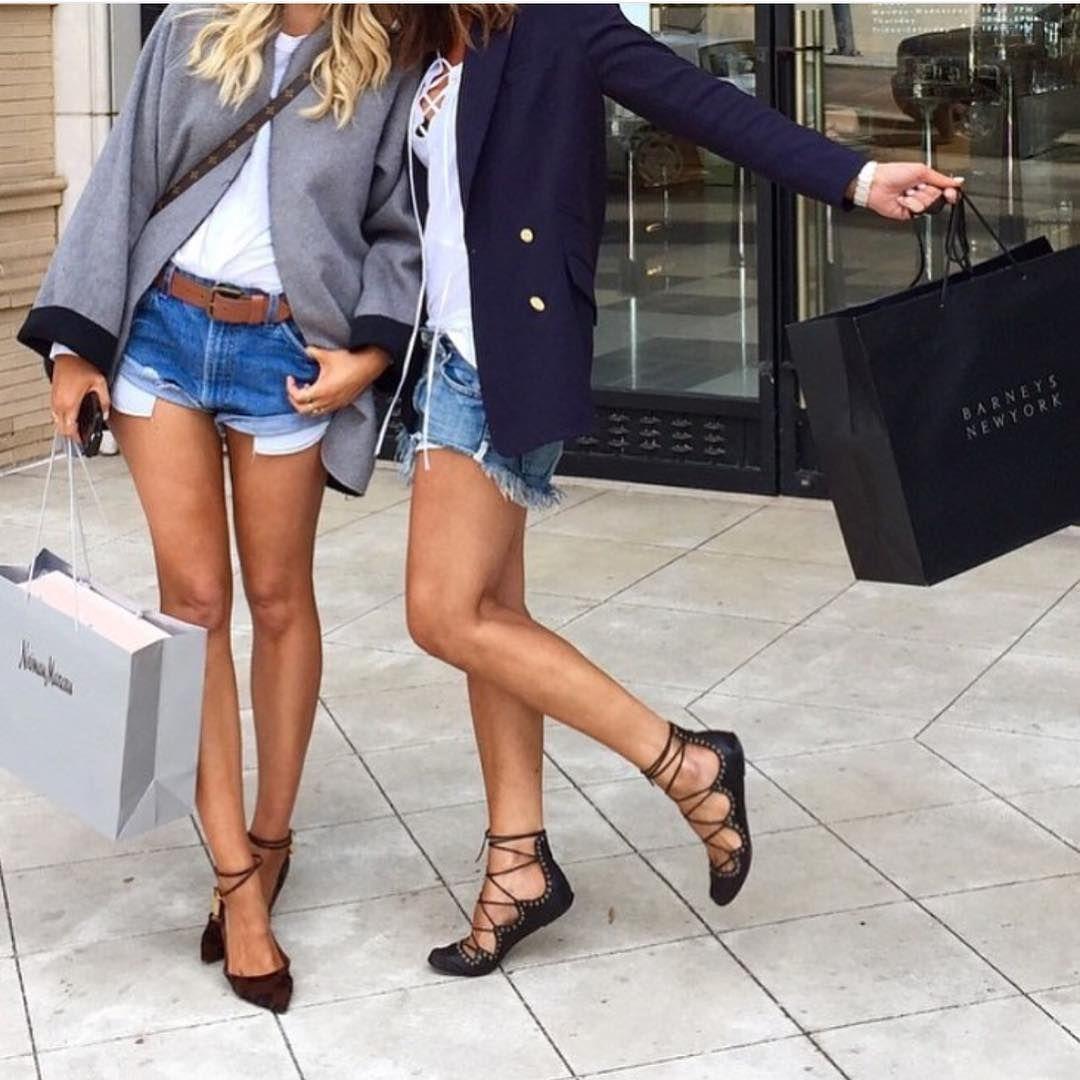 Trong tủ giày của chị em, đây là kiểu khiến bác sĩ lo ngại nhất: Phụ nữ càng có tuổi càng cần chú ý điều này 6