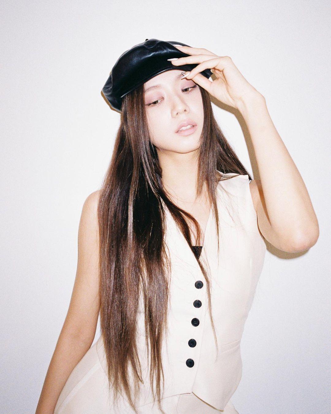 Chán tóc xoăn thì chị em hãy chuyển phỏm sang tóc duỗi thẳng tưng với 4 kiểu siêu sang sau đây 7