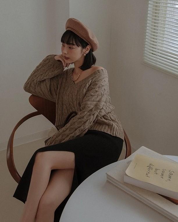 Áo len vặn thừng tái xuất, 'bỏ bùa' gái Hàn đến gái Pháp: Thị phạm ngay 14 set đồ cực phiêu cho các nàng diện cuối tuần này 2